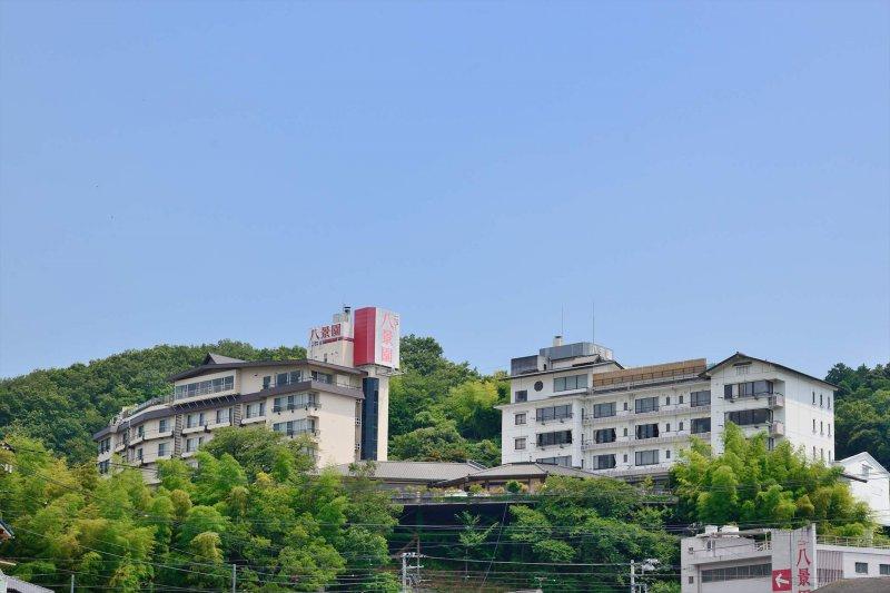 富士山を我がもの顔で独占できる丘の上のホテル