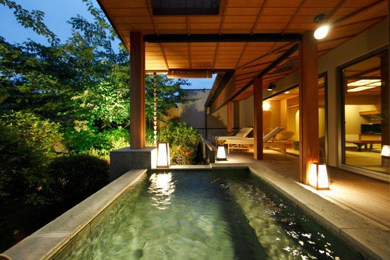 10の露天風呂付き客室