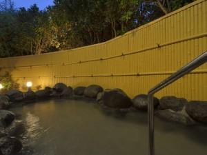 1300年の歴史を持つ伊豆長岡温泉 源泉かけ流しの湯