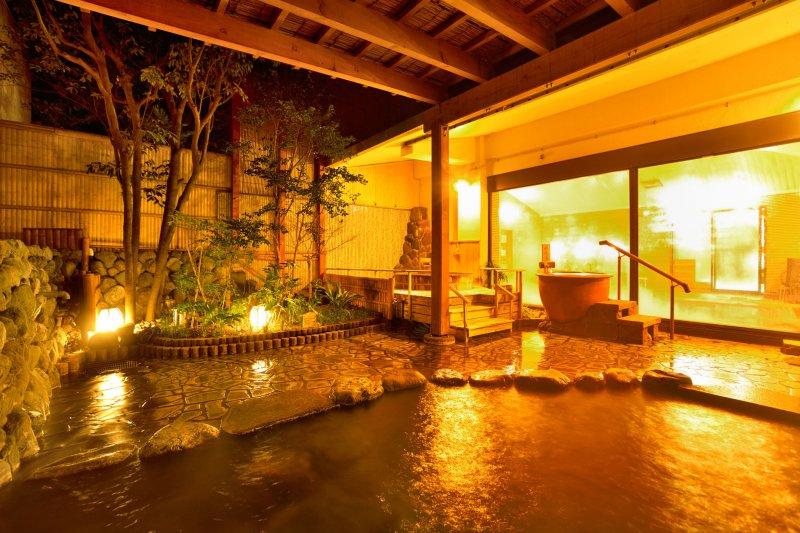 豊富な温泉施設